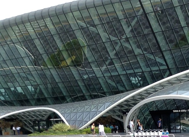 Heydar Aliyev International Airport Among World's 13 Most Beautiful Airports